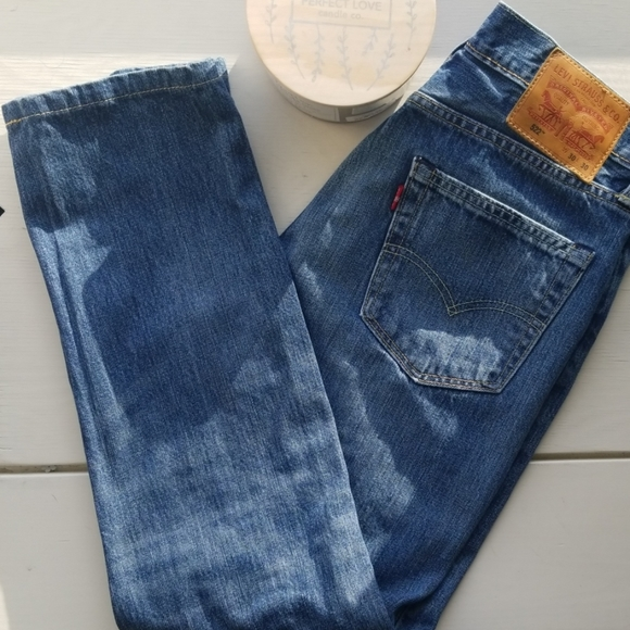 "Levi's Denim - ⬇️Levi's 522 size 30 ""mom jeans"" medium wash⬇️"
